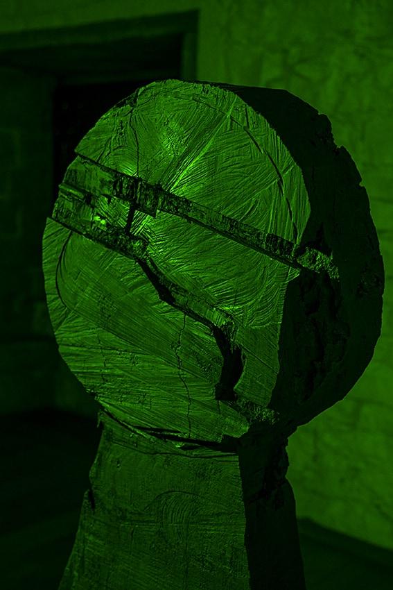 Béranger Laymond, Les stèles - Driller Killer, Crédits photos : © Claire Soubrier 2015